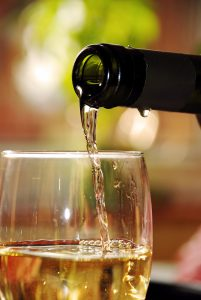 399651-pouring-white-wine